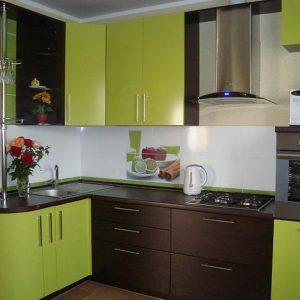 Кухня зеленая на заказ